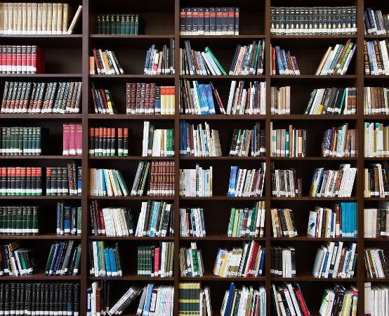 Biblioteka Dąbrowa Górnicza:  Spotkanie autorskie z Patrykiem Osieleńcem